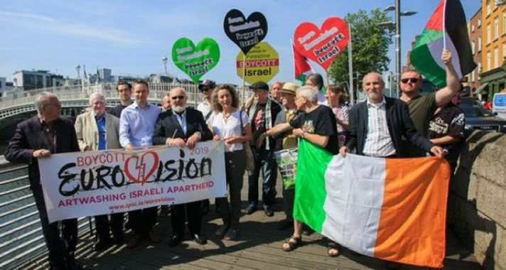 Celebrities, public figures & activists at Dublin's Ha'penny  Bridge during a launch of the Irish Call to Boycott Eurovision 2019 in Israel on June 27, 2018.