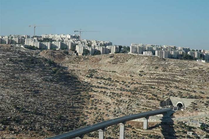 Construction in Gilo settlement beside Bethlehem. [Photo: Justin McIntosh]