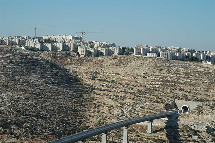 Construction in Gilo settlement beside Bethlehem. [Photo: Justin McIntosh]